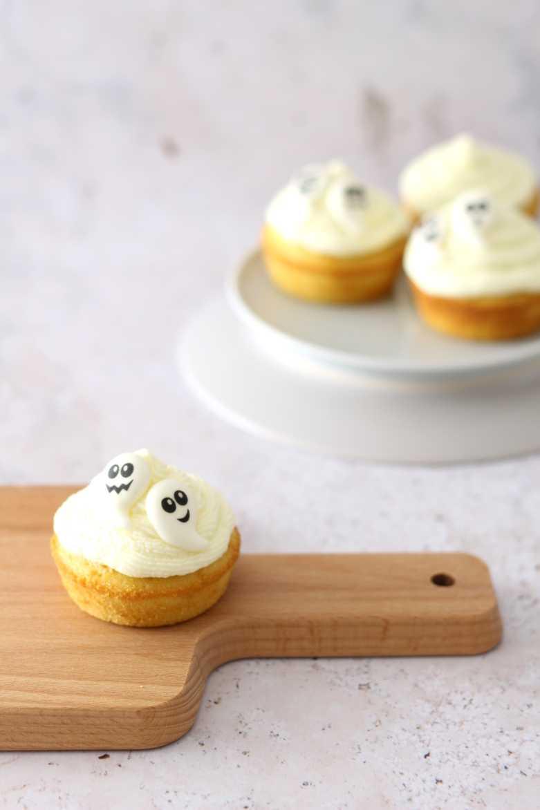 Einfache Gespenster Cupcakes