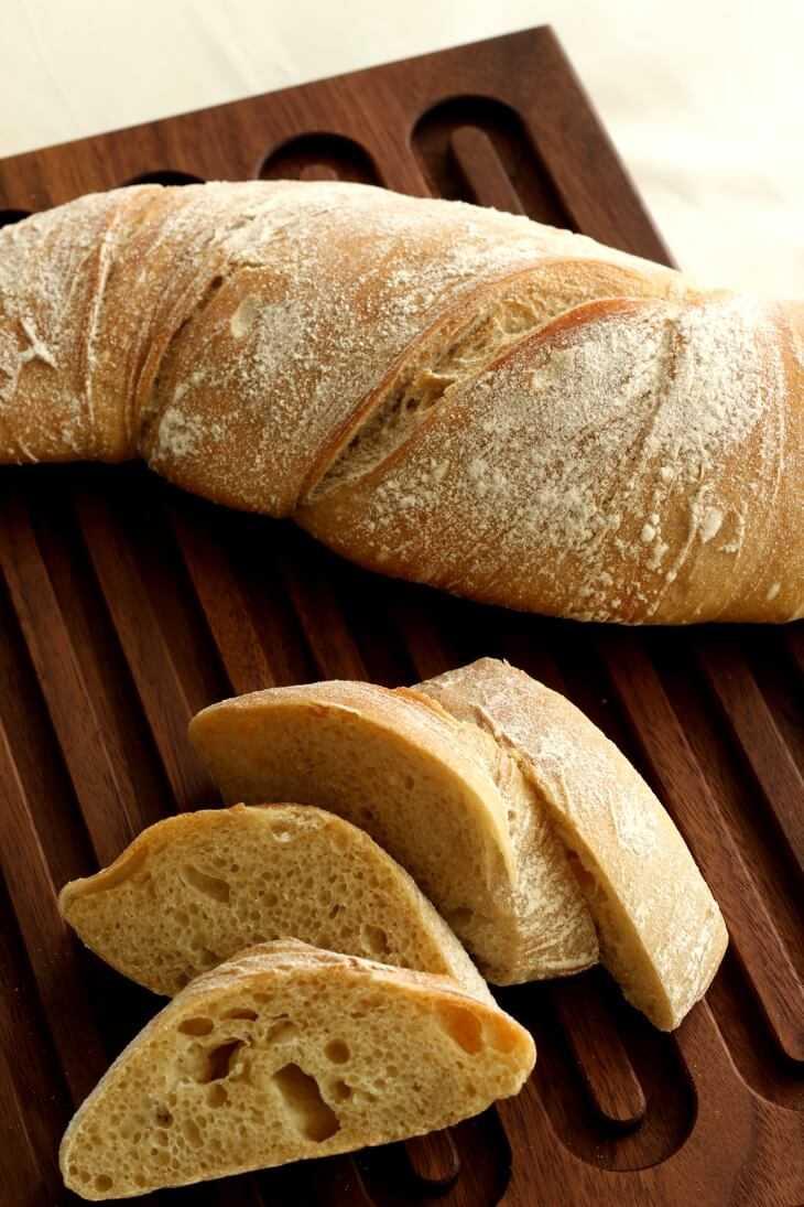 Dinkel Wurzelbrot Rezept | bäckerina.de