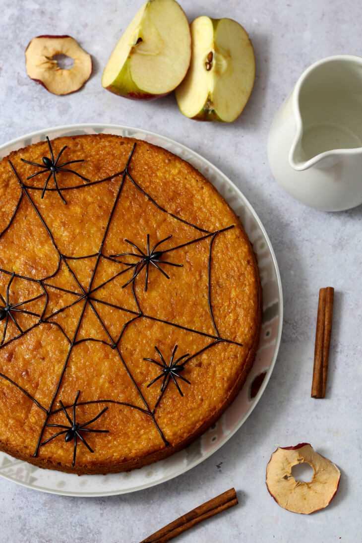 Halloween Kuchen mit Spinnennetz | bäckerina.de