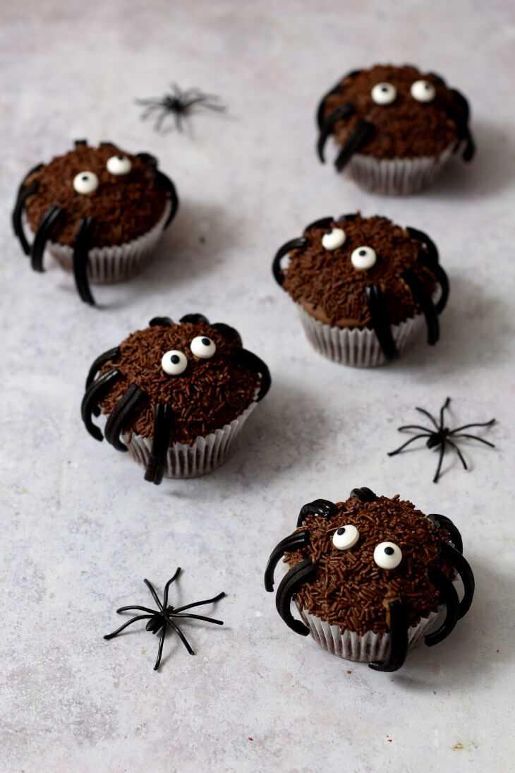 Spinnenmuffins Halloween Rezept | bäckerina.de