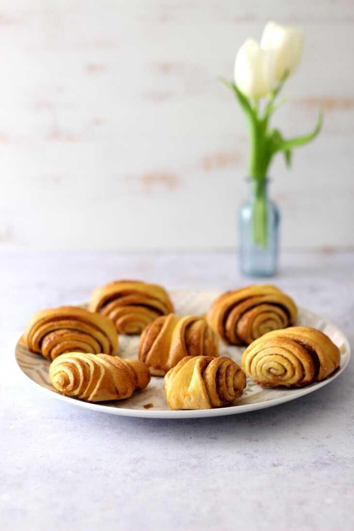 Schnelle Erdbeer Franzbrötchen | bäckerina.de